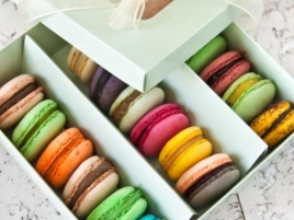 Marturie Macarons Madame Lucie 18 buc